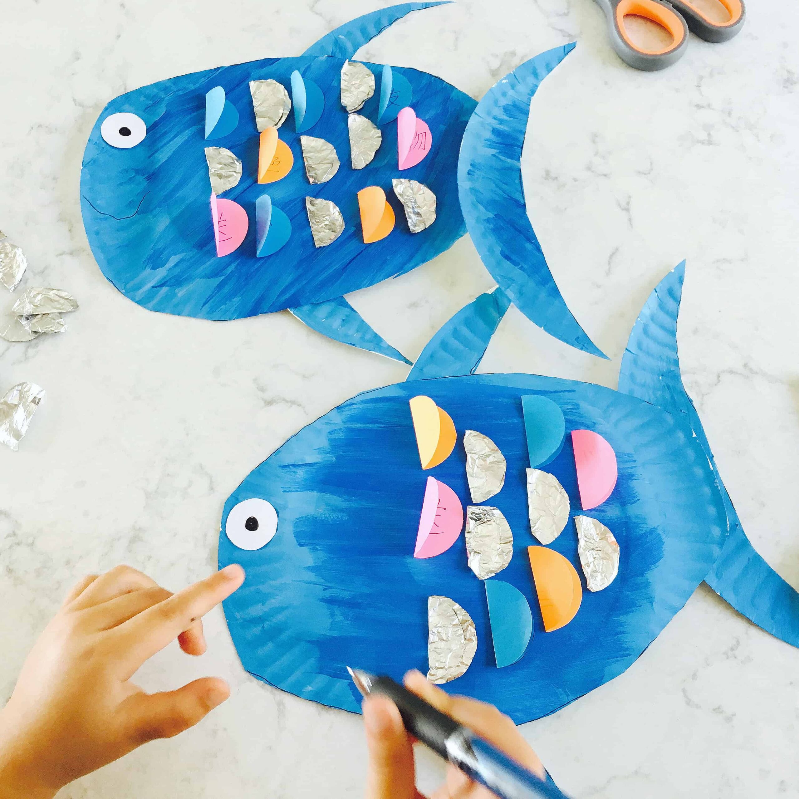 Paper Plate Rainbow Fish Craft – Book-Based Literacy Activity (VIDEO)