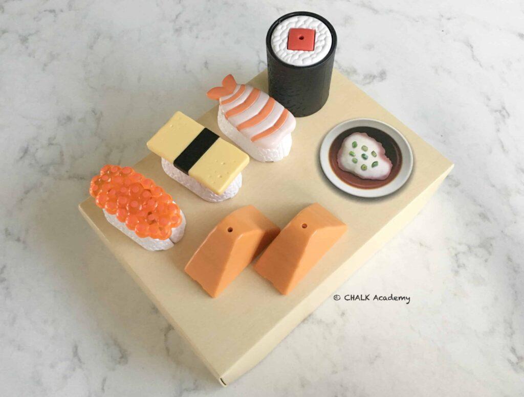 巧虎 (Qiao Hu) plastic sushi toys