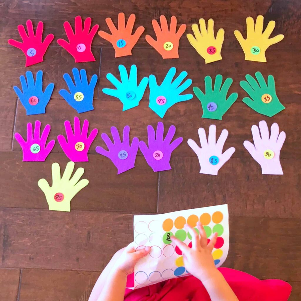 Counting Felt Hands - A Fun & Easy Way for Kids to Learn Math - Sticker Matching Numbers