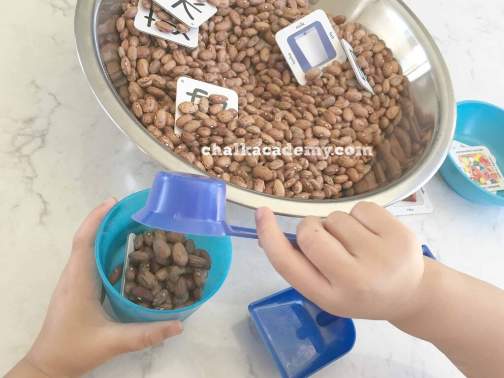 Chinese Flashcards Sensory Bin - Fun, Hands-On Chinese Learning for Kids!