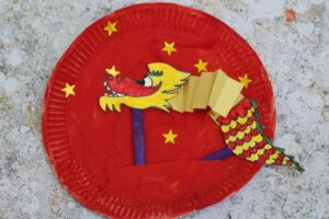Movable Chinese Dragon Paper Plate Craft from Crafts on Sea