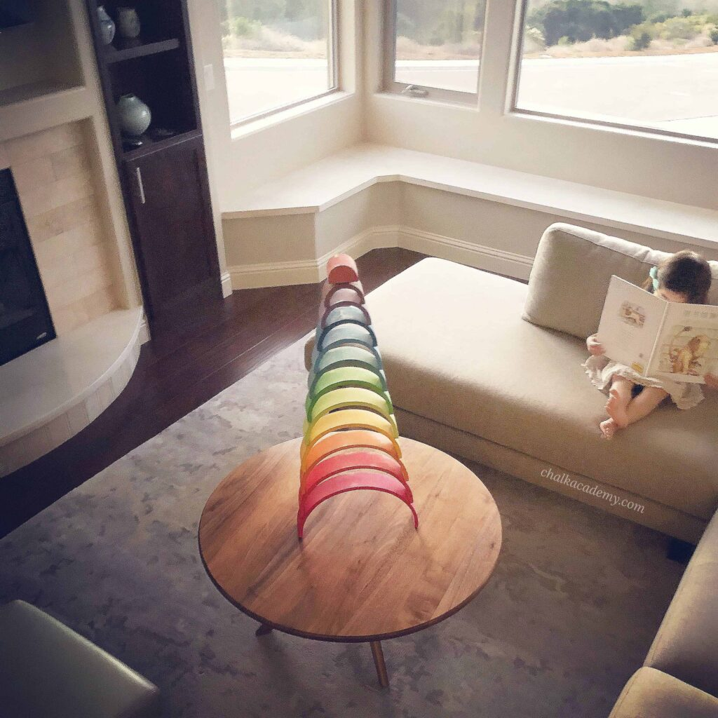 Motivate child to read by simplifying home and removing distracting clutter
