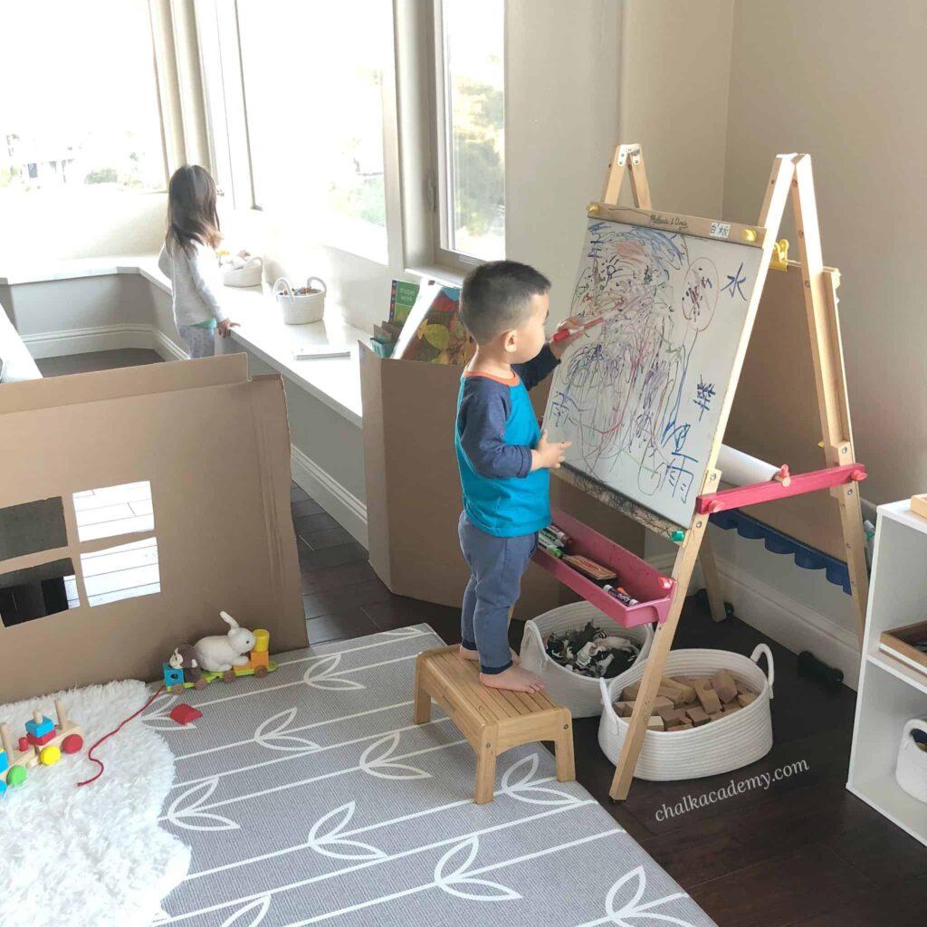 Melissa and Doug Easel - whiteboard & chalkboard