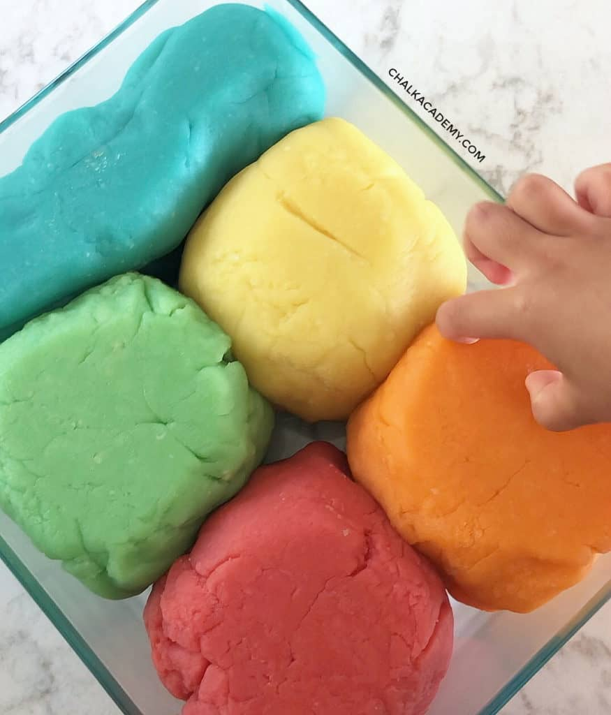 6 Easy Ways to Teach Chinese and Korean with Play dough