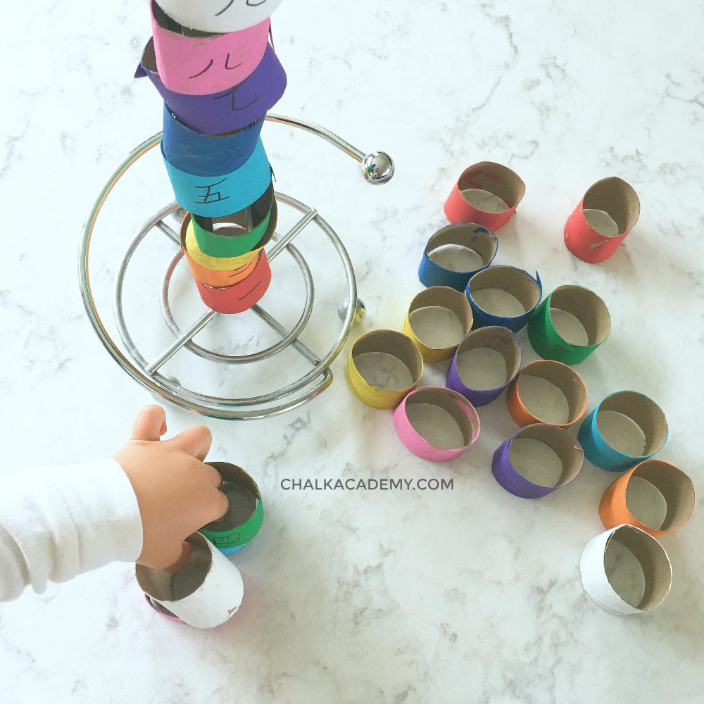 Number color patterns with cardboard rolls