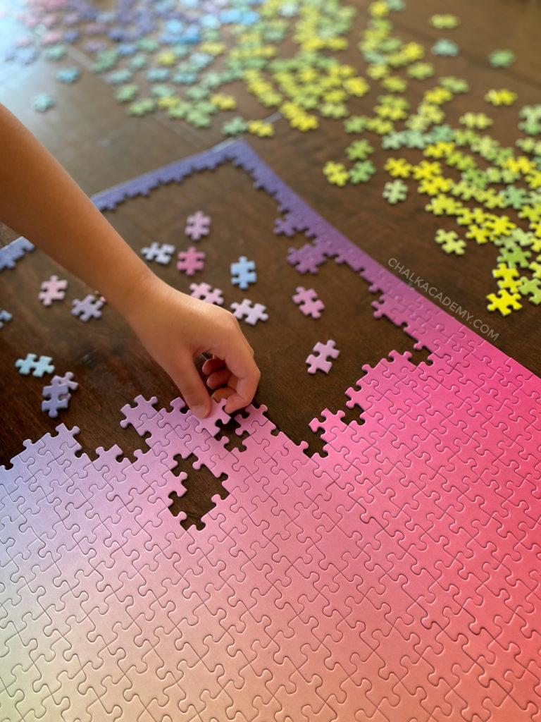 1000-piece jigsaw puzzle - color gradient